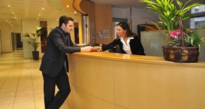 SEJOURS & AFFAIRES APPARTHOTELS