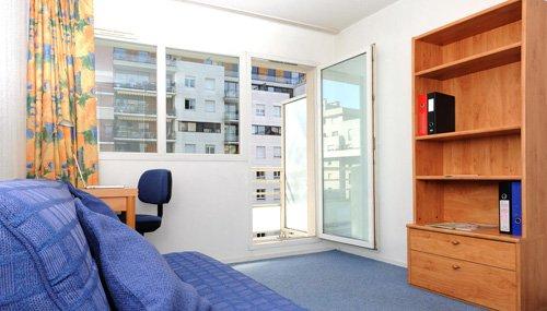 logement tudiant courbevoie r sidence tudiante les estudines grande arche. Black Bedroom Furniture Sets. Home Design Ideas