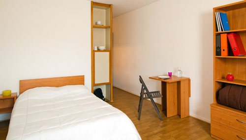 logement tudiant cergy st christophe r sidence tudiante les estudines saint christophe. Black Bedroom Furniture Sets. Home Design Ideas